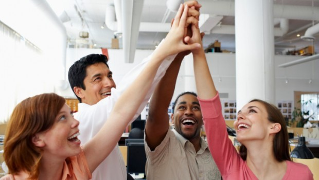 10 ways to be happy at work